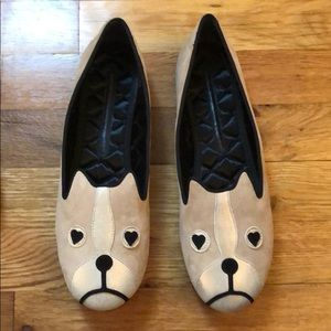 Marc by Marc Jacobs Dog Flats in Putty size 8